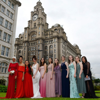 Professional Liverpool photographer offers a private prom photography service across Merseyside